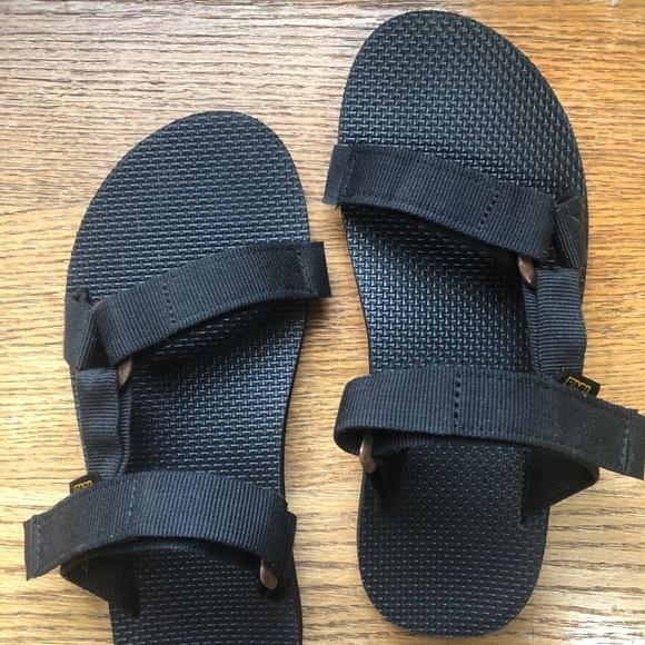 d03932606 Teva Other - Teva Universal Slide Sandal - Black M9 W10.5